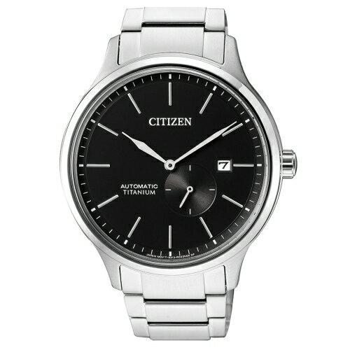 方采鐘錶:CITIZEN星辰GENTS紳仕氣度機械男錶鈦金屬NJ0090-81E