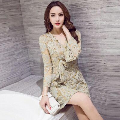 連身裙長袖洋裝-V領鏤空蕾絲收腰女連衣裙2色73pu63【獨家進口】【米蘭精品】