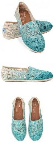【TOMS】藍色漸層蕾絲平底休閒鞋  Zig Zag Crochet Baltic Dip-Dyed Women's Classics 6