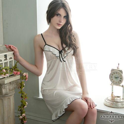 亞娜絲情趣用品經典荷葉滾邊柔緞大尺碼睡衣