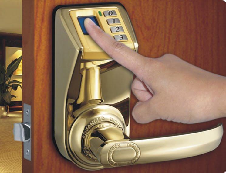 愛迪爾3398門鎖 美國銷售第一 指紋鎖(亮金)指紋密碼鎖 電子鎖 水平把手鎖 板手 水平鎖 數位智能鎖 防盜鎖 感應鎖