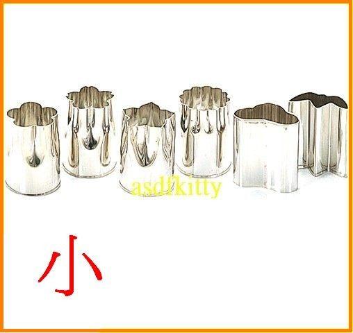廚房【asdfkitty】QueenRose日本霜鳥18-8不鏽鋼模型小-櫻梅菊桔梗松竹-壓蔬菜做餅乾-日本製