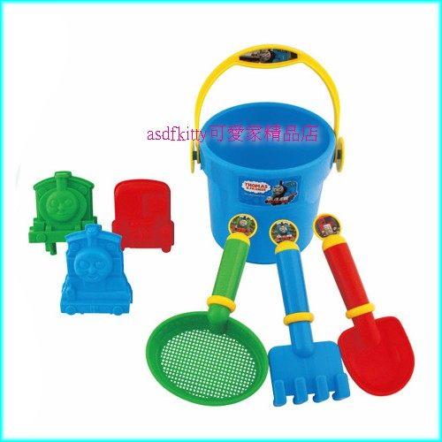 嬰童用品【asdfkitty】湯瑪士沙灘挖砂玩具組-洗澡玩具.含水桶.耙子.鏟子.模型-日本正版