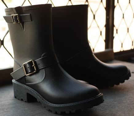 出口  原單 復古簡約 不退 百搭方便 軍裝感雙釦環 防水雨靴  雨鞋