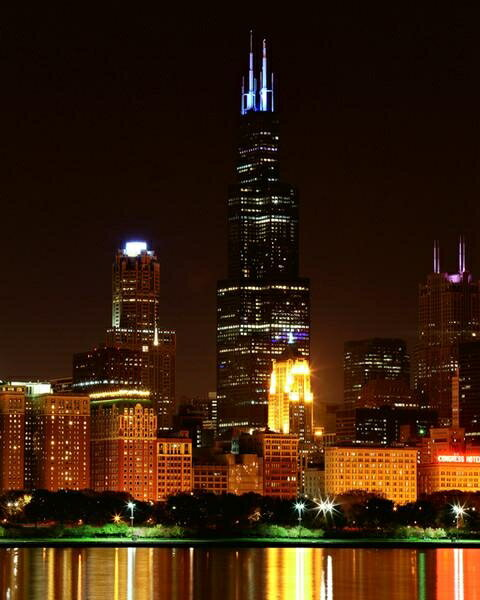 Lighting Chicago Il: Posterazzi: The Willis Tower Lights Up Blue To Celebrate