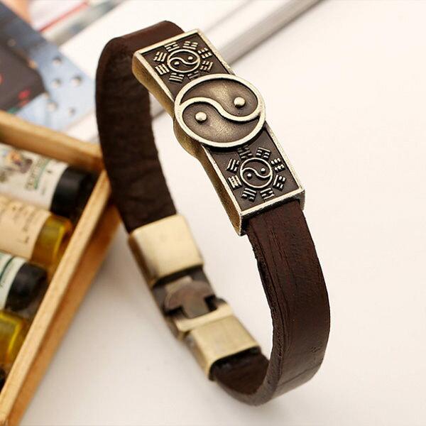 《QBOX》FASHION飾品【L100GTD033】精緻個性方盾簡約太極造型圖騰合金皮革手鍊手環