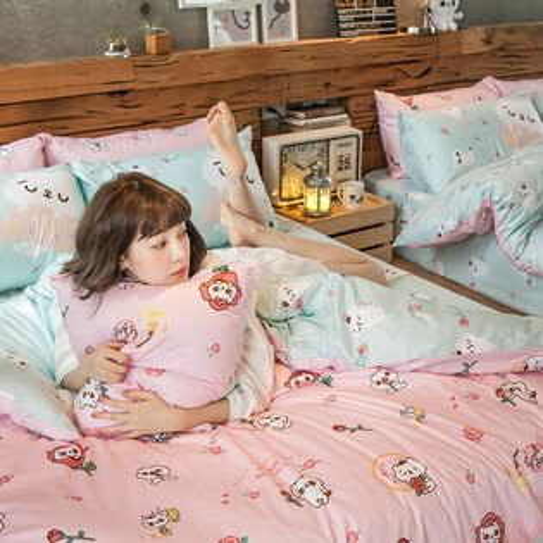 床包被套組雙人特大-100%精梳棉【粉紅戀愛款-爽爽貓的熱戀】含兩件枕套,獨家人氣插畫家聯名款,戀家小舖台灣製M-AAL512
