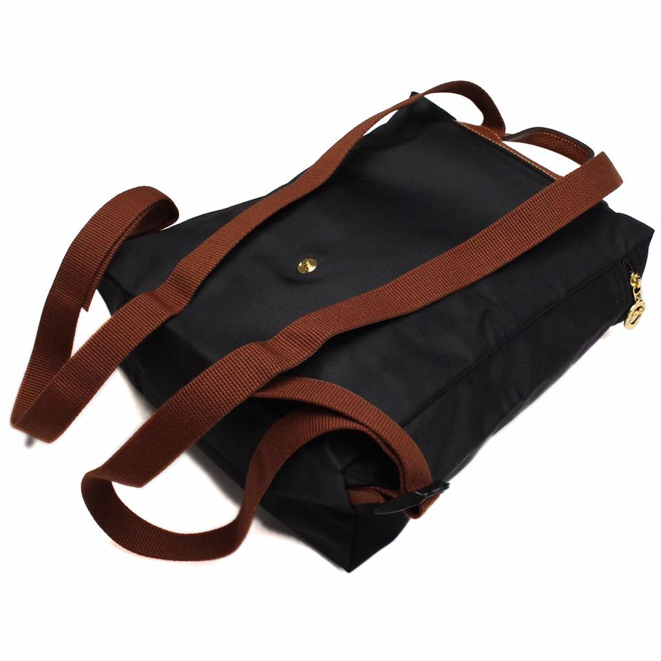 【 LONGCHAMP】 LE PLIAGE 黑色折疊後背包 1