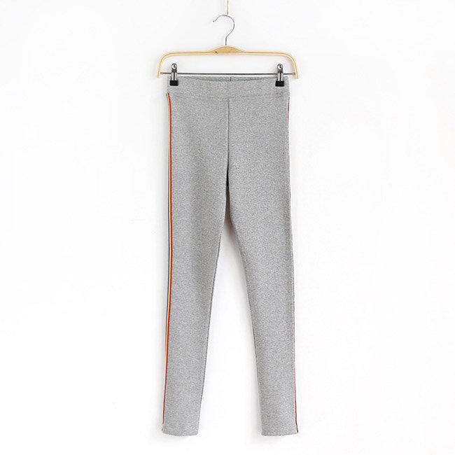 長褲 素色 側邊 彩色條紋 運動 小腳褲 貼身 內搭 長褲【MZEJ17024】 BOBI  09 / 05 7