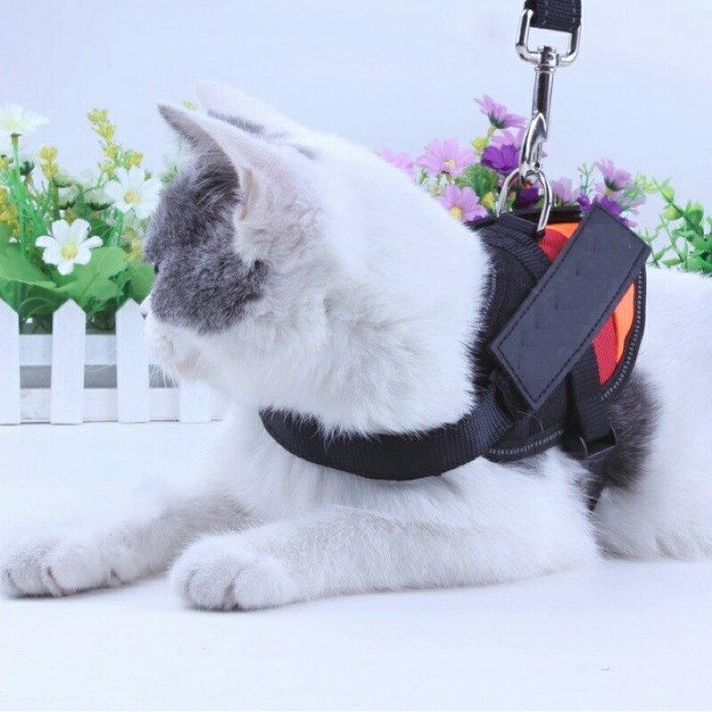 現貨 貓咪 小型犬 防掙脫 專用馬鞍形背帶 牽引繩 不勒脖 背心式背帶