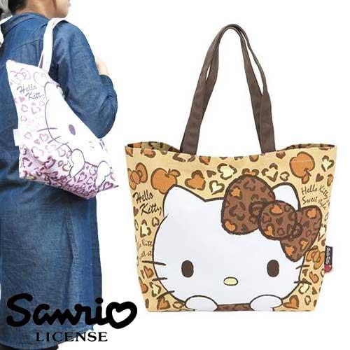 淺棕色款【日本正版商品】 Hello Kitty 凱蒂貓 豹紋帆布肩揹包 托特包 手提袋 旅行袋 三麗鷗 - 402143