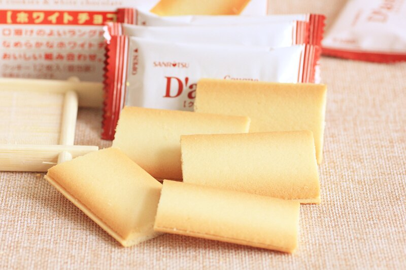 有樂町進口食品 日本 三立薄燒香草夾心薄餅 媲美白色戀人 9