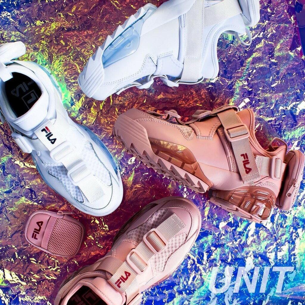 帝安諾-實體店面 FILA UNIT 玫瑰 粉 白色 舒適 透氣 後跟拉鍊小包 厚底 老爹鞋 鋸齒鞋 口袋鞋