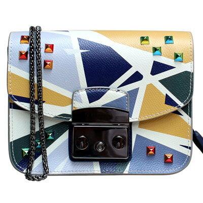 <br/><br/>  Outlet代購 歐美 FURLA 爆款塗鴉系列 米白幾何鉚釘 單肩小方包 單肩包 斜跨包 跑趴 多色可選<br/><br/>
