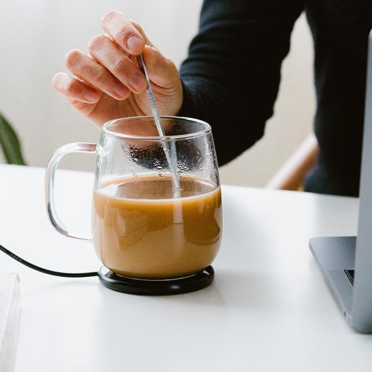 樂天精選~暖暖杯55度恒溫杯墊辦公室玻璃茶水杯子usb加熱超薄保溫家用底座 「限時免運」-曼莎時尚
