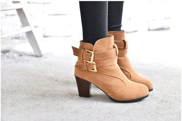 Pyf♥歐美舒適圓頭交叉扣帶粗跟顯瘦高跟短靴43大尺碼女鞋