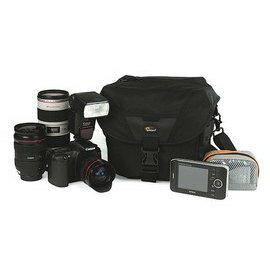 【新博攝影】Lowepro Stealth Reporter D200 AW 報導型單肩側背包 (分期0利率;立福公司貨)