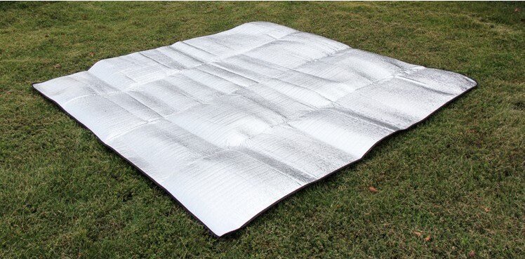 露營必備 150*200 CM雙面鋁箔防潮墊/ 休息墊 / 爬行墊 / 地墊 / 鋁箔墊/ 午睡墊