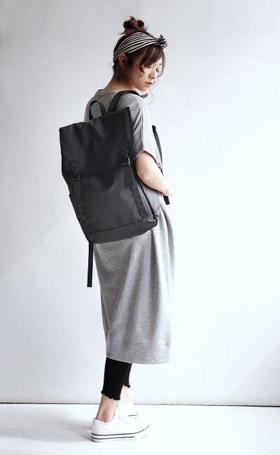 日本e-zakka / 時尚素色大容量防水背包 / 21127-1801272 / 日本必買 代購 / 日本樂天直送(4900) 7