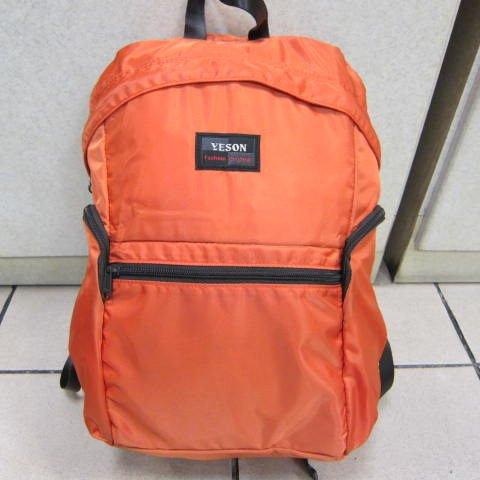 ~雪黛屋~YESON 折疊收納後背包 輕便好攜帶 超輕耐磨耐重量防水尼龍布材質外掛行李 F665橘