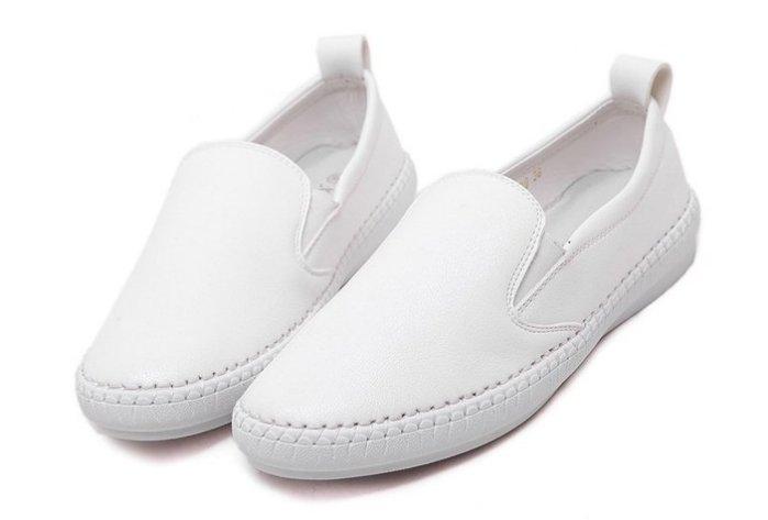 Pyf ~ 素面漁夫鞋 懶人鞋 圓頭真皮柔軟小白鞋 樂福平底鞋 白色休閒鞋 44 大 女鞋