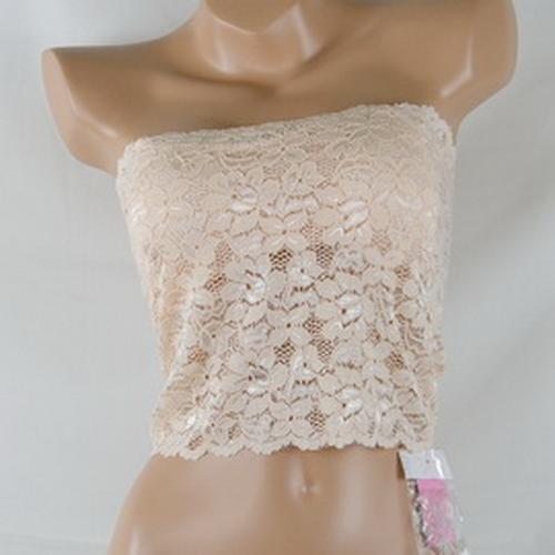 花卉蕾絲 彈性布料 柔軟舒適薄罩杯 杯內墊片可拆卸  小可愛 平口無肩短上衣    合適: