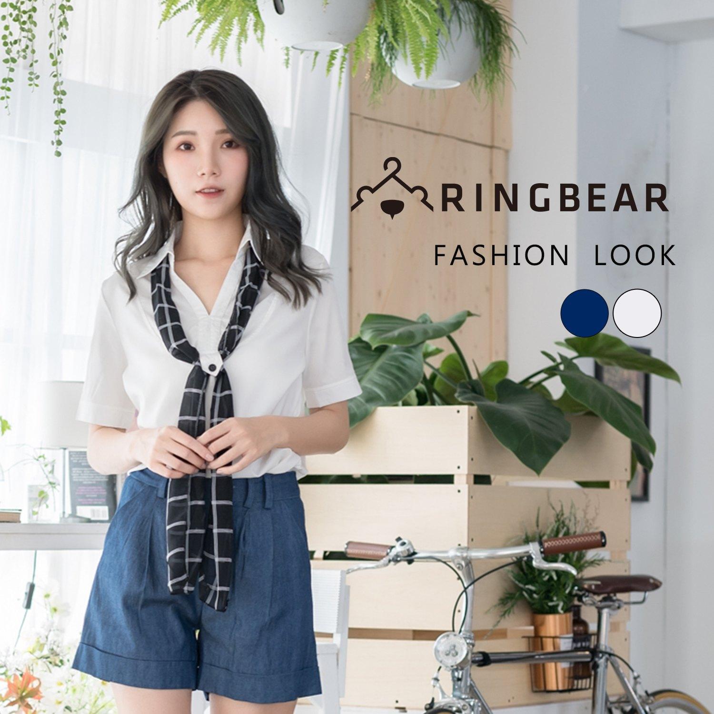 素面--知性俐落V領造型附格紋領巾亮面織紋挺版短袖襯衫(白.藍XL-5L)-H175眼圈熊中大尺碼 0