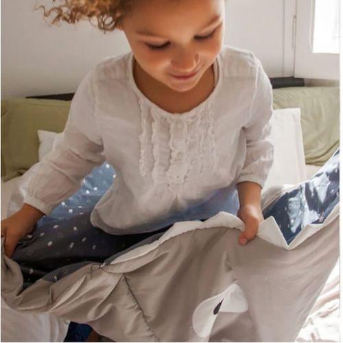 BabyBites 西班牙鯊魚咬一口 兒童睡袋(標準版)-卡其灰(藍底)★衛立兒生活館★ 2