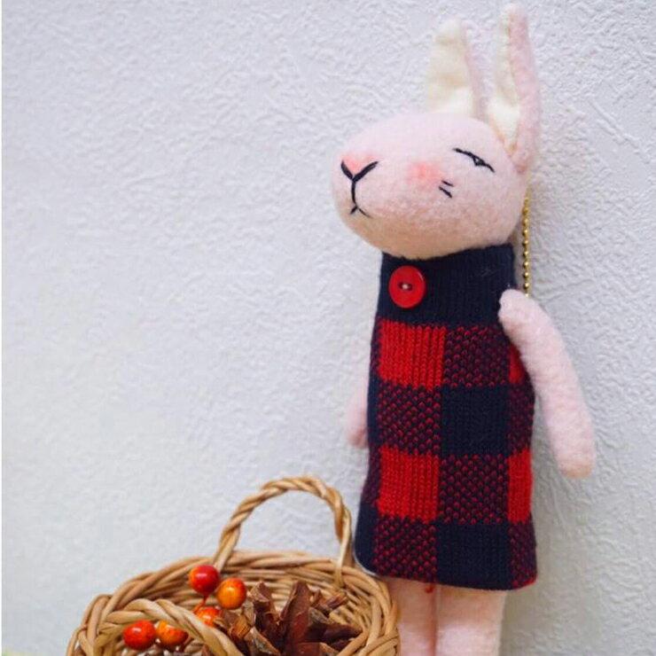 『禮咖好』愛麗絲系列-布雪兔吊飾 lattice rabbit  《handmade 手工.粉紅.黑.紅.格紋  免子》  療癒.手創.創意 禮品 吊飾  台灣製造