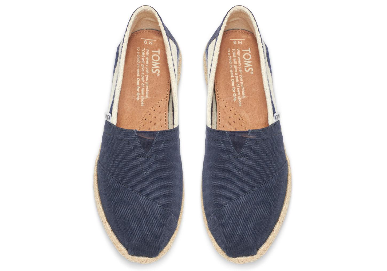 全店點數20倍│【TOMS】藍色寬條紋學院風平底鞋 Navy Stripe University Women's Clssics 5