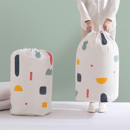 EZMORE購物網:大號圓筒棉被收納袋(花色隨機出貨)棉被收納袋打包袋置物袋防塵整理收納衣物棉被居家束口收納袋【N202842】