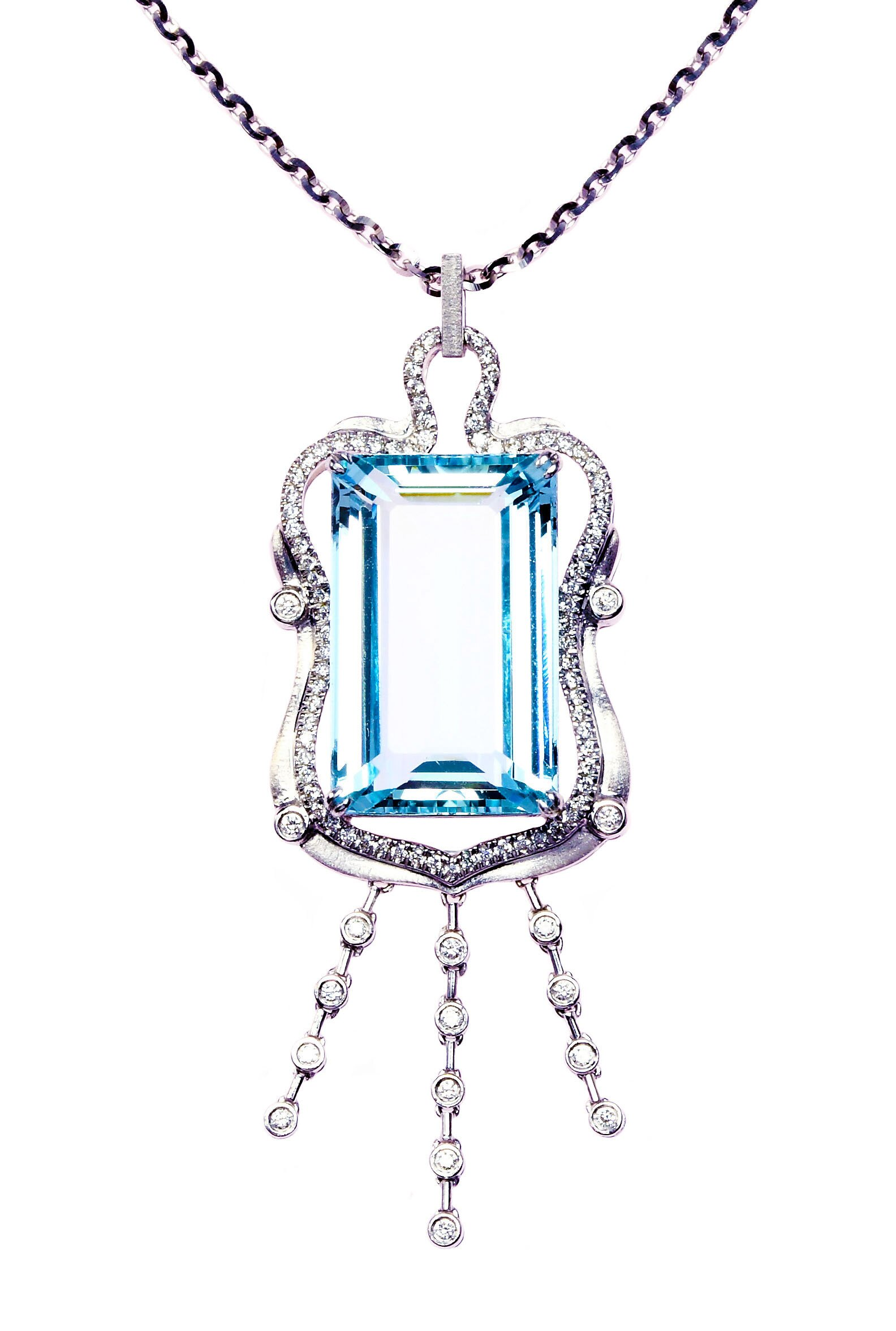 ~樂采珠寶~18白k金 風華-天然海水藍寶珠寶項鍊.