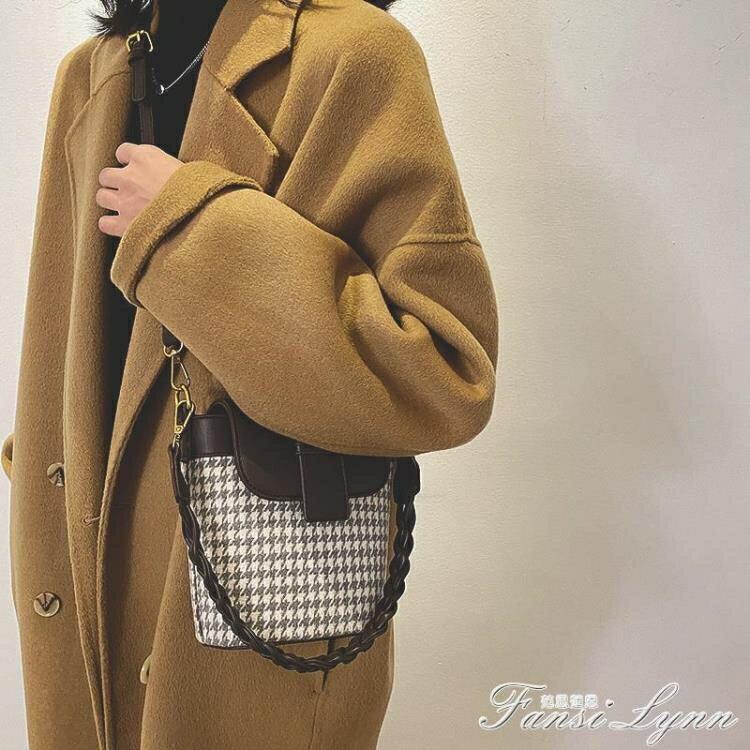 復古千鳥格水桶包包女2020新款時尚手提小包ins百搭單肩斜挎包潮 摩可美家