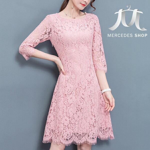 《全店75折》中大尺碼花雕蕾絲修身七分袖洋裝 (M-4XL,3色) - 梅西蒂絲(現貨+預購)