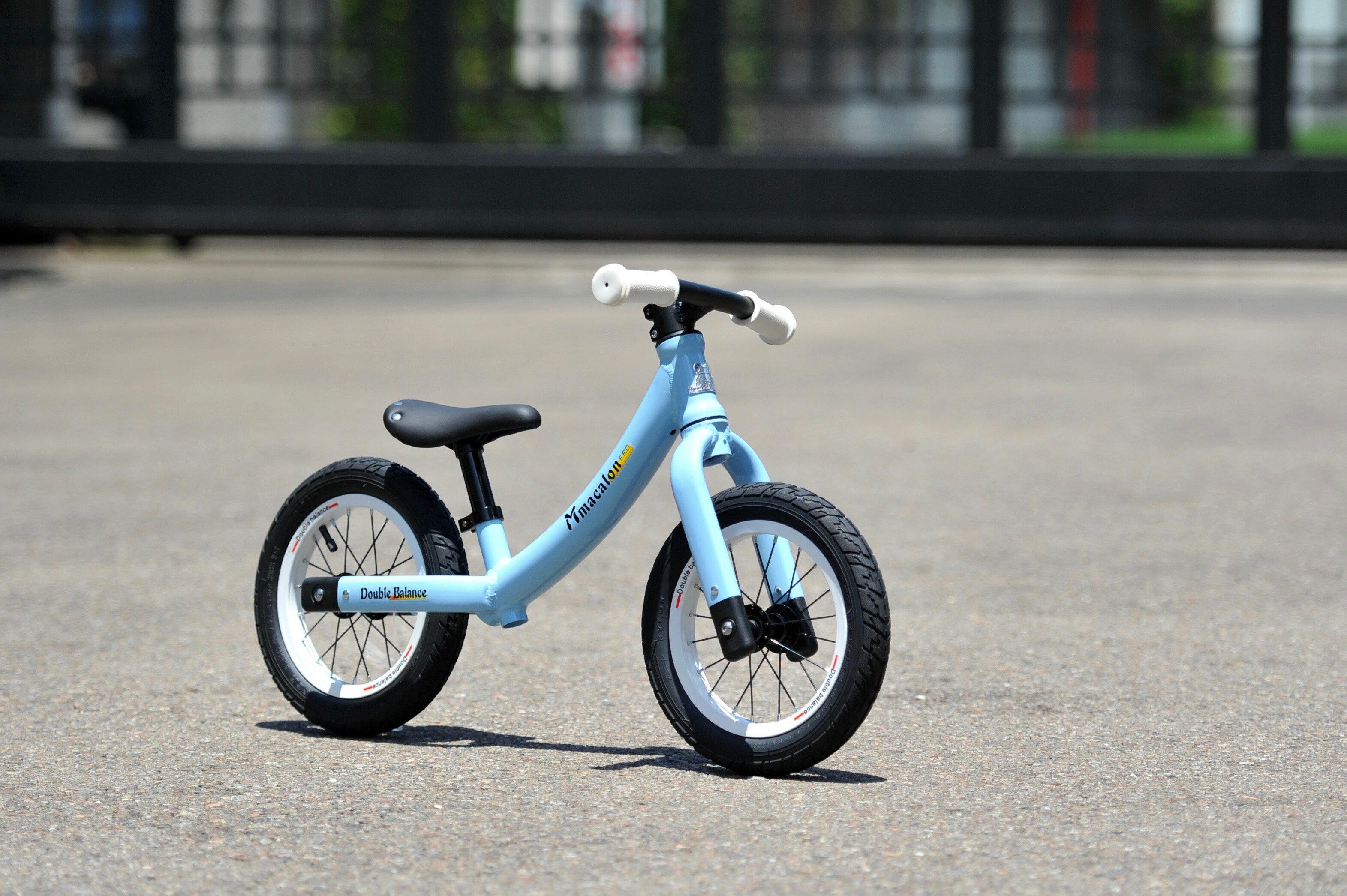 【Double Balance】 兒童滑步車 平衡車 馬卡龍 藍色/白色烤漆鋁框充氣輪 MIT台灣製造 KMA-23 (共四色)低跨點3.2KG
