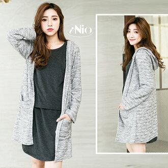 iNio 灰白混色開襟針織罩衫外套-B16W040004