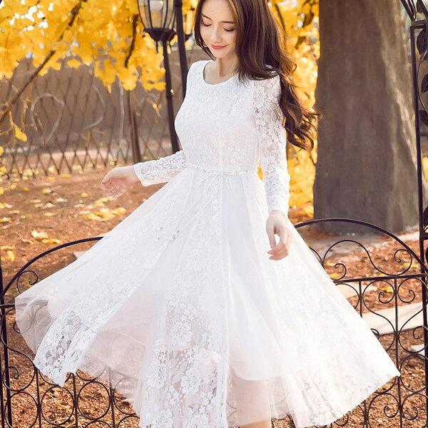 灰姑娘[98628-QF]圓領蕾絲花朵拼接網紗過膝長袖洋裝(附珍珠腰帶)~秋裝新款~