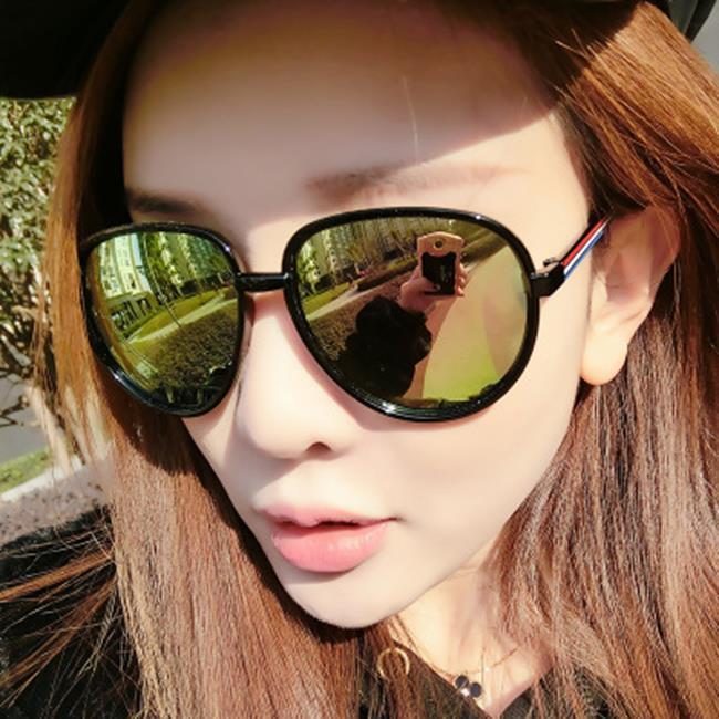 50%OFF SHOP 潮流 炫彩太陽鏡 百搭 墨鏡復古 太陽眼鏡 附眼鏡盒 ~J0281