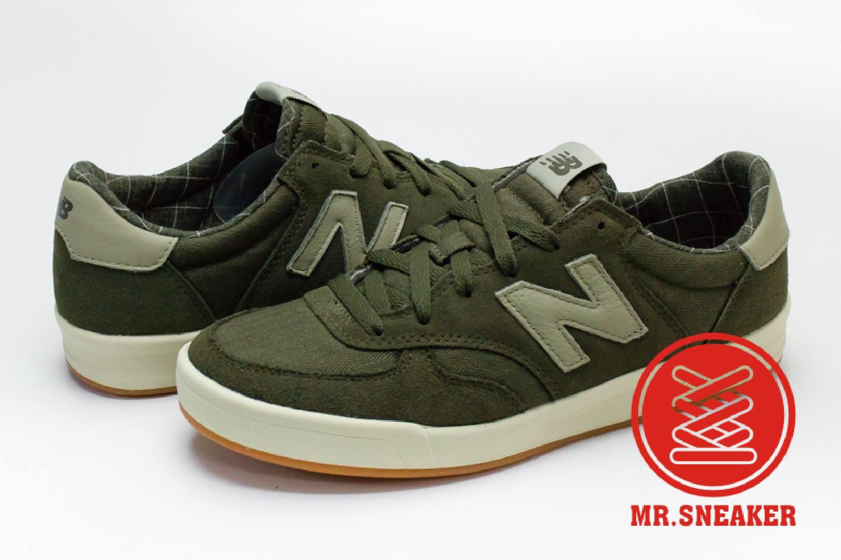☆Mr.Sneaker☆ NEW BALANCE CRT300 軍綠 格紋 復古 網球鞋