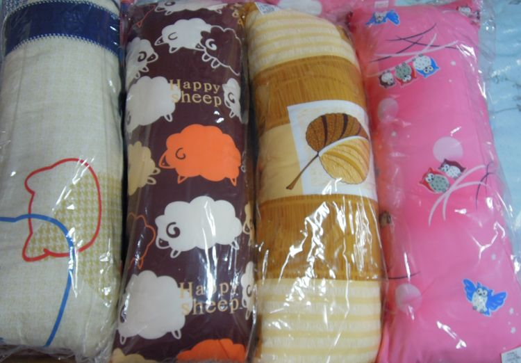 [床工坊]( 台灣製造)三尺小長抱枕(布套可拆洗替換) 1