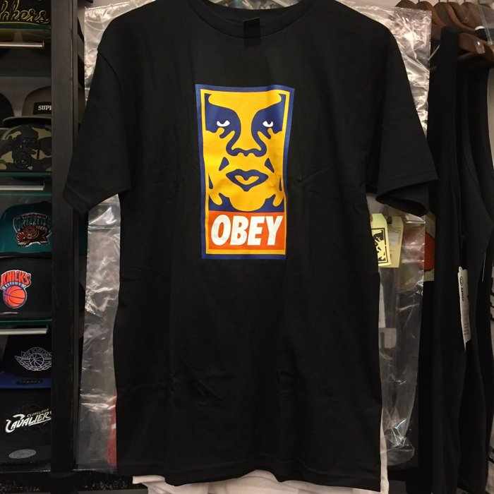 BEETLE PLUS 西門町經銷 全新 美國品牌 OBEY ORANGE ICON FACE BOX TEE LOGO 橘 人臉 文字 黑 TEE 163080544BLK OB-261