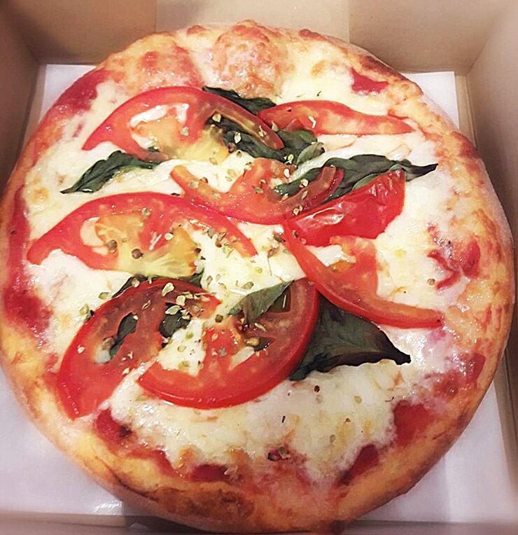 披薩 Classic Pizza 瑪格麗特 Margeritha 口味 6吋 巴西料理 手工製作(冷凍)