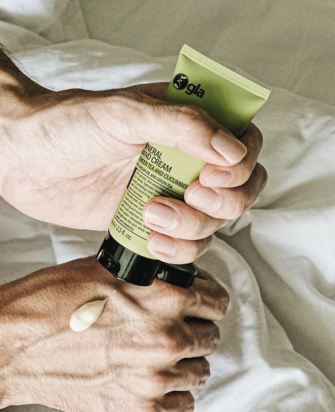 gla skincare 綠茶與小黃瓜礦物護手霜 〔渼妍國際〕 1