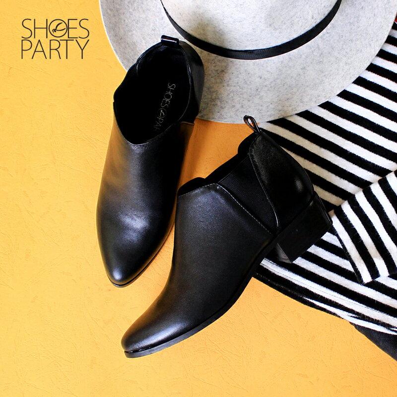 【B2-17116L】套上就走!俐落剪裁真皮短靴_Shoes Party 0
