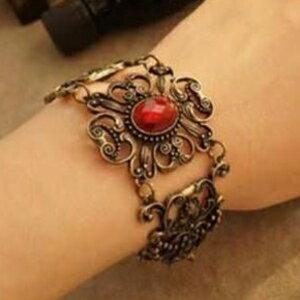 美麗大街【GS0209】 鏤空 鑲嵌 紅寶石雕花手鍊手飾品