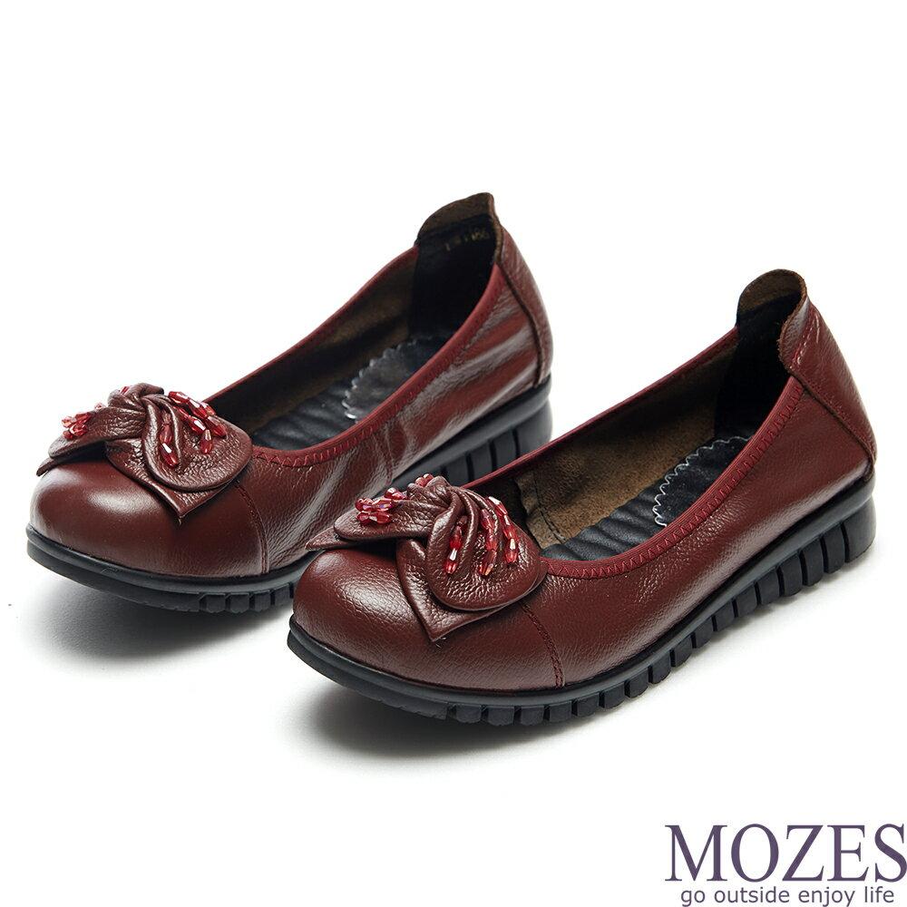 【MOZES】甜美小牛皮抓皺蝴蝶結紅珠飾平底鞋(真小牛皮平底鞋-紅