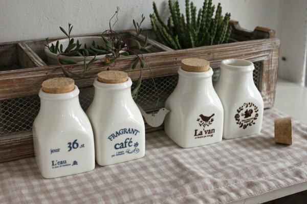 《愛鴨咖啡》zakka雜貨 複古四方 密封儲物瓶 牛奶瓶 陶瓷 容器 調味瓶