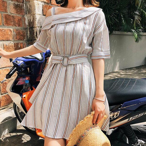 短袖洋裝彩色條紋短裙露肩細肩帶短袖洋裝連身裙【NDF6291】BOBI0510