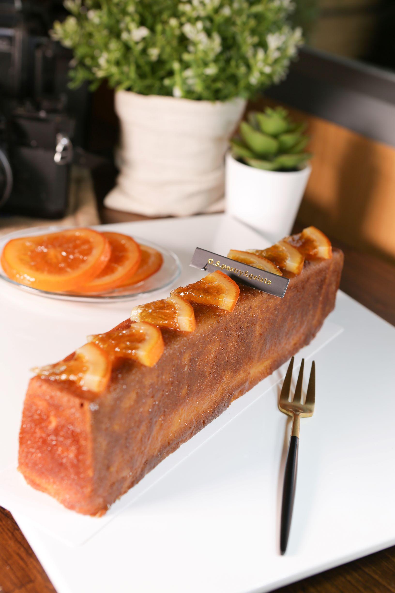 O.S 義式冰淇淋手作坊 【旅人蛋糕 ~ 柚香金桔】