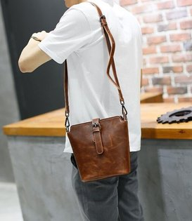 FINDSENSEZ1韓國時尚潮男休閒方包單肩包手機包斜挎包斜背包側背包